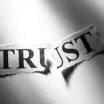 Fallan las personas de confianza